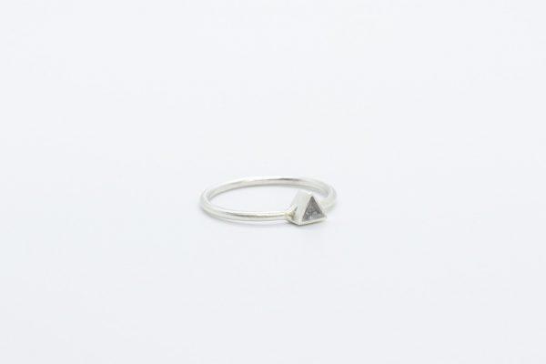 ring-driehoek-zilver2